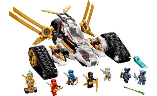 LEGO Ninjago 71739 Nadzvukový útočník