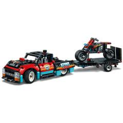 LEGO Technic 42106 Kaskadérská vozidla